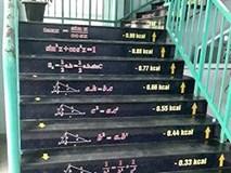 Trường học ở Hà Nam dán công thức Toán lên cầu thang giúp trò ôn bài