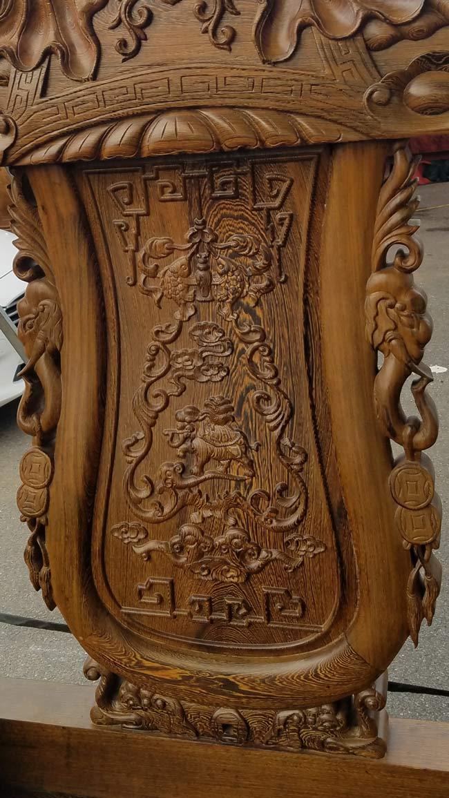 Đã mắt trước bộ bàn ghế gỗ mun đuôi công trị giá 3,2 tỷ đồng-9