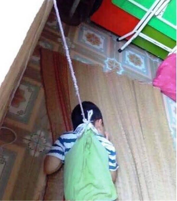 Buộc bé 4 tuổi vào cửa số: Cô giáo sai nhưng không ác ý-1