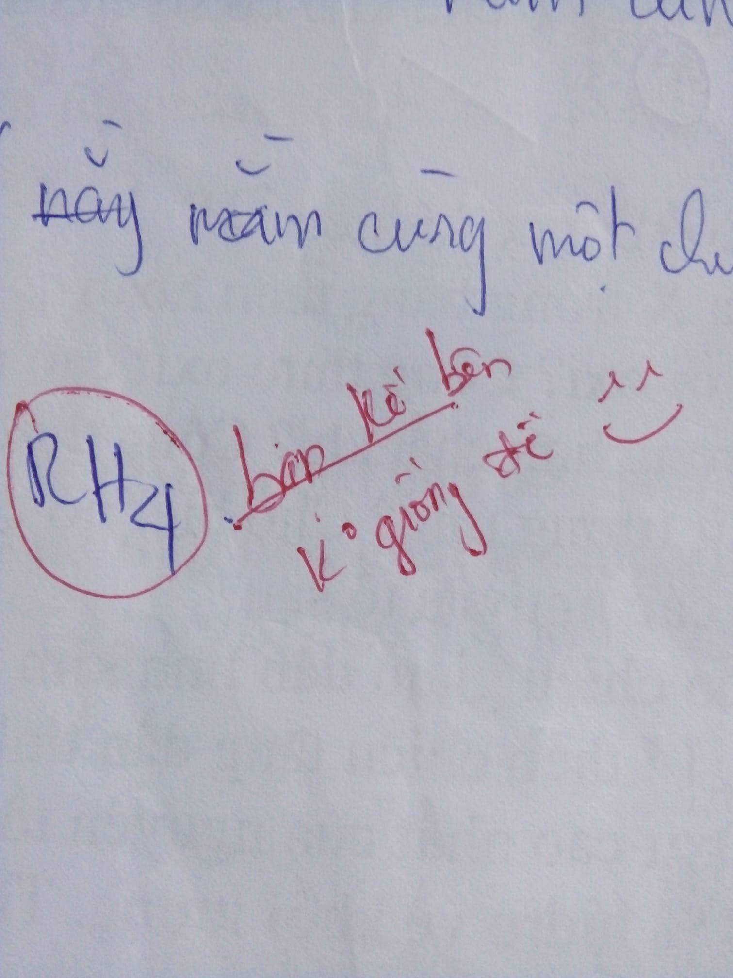 Hai thầy cô dạy Toán được nhận xét là dư muối, lời phê bài kiểm tra nào cũng vừa mặn vừa hài-2