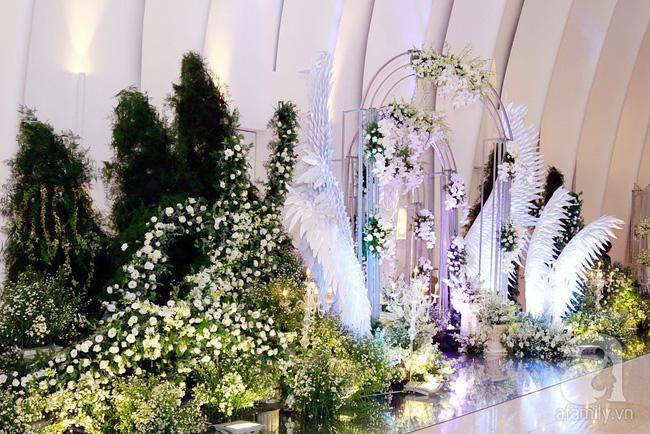 Cận cảnh không gian tiệc cưới lộng lẫy như cổ tích của Ưng Hoàng Phúc và Kim Cương-3