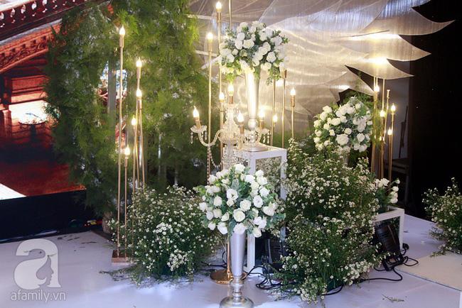 Cận cảnh không gian tiệc cưới lộng lẫy như cổ tích của Ưng Hoàng Phúc và Kim Cương-13