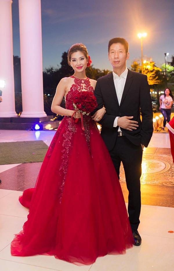 Hoa hậu Việt Nam khó lấy chồng đại gia hơn các Á hậu?-16