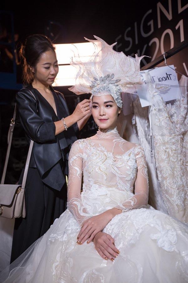 Hoa hậu Việt Nam khó lấy chồng đại gia hơn các Á hậu?-6