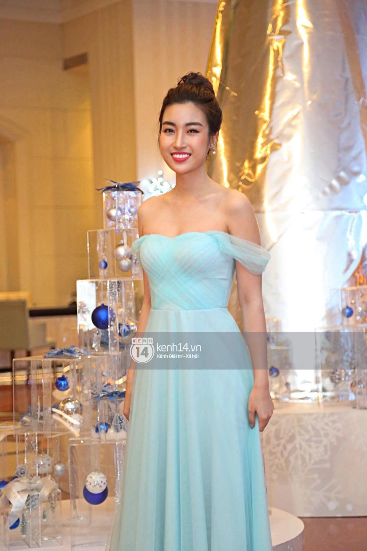 Bất ngờ: Nghi lễ đám cưới diễn ra nhanh gọn, Á hậu Thanh Tú nhường sân khấu cho bóng đá-14