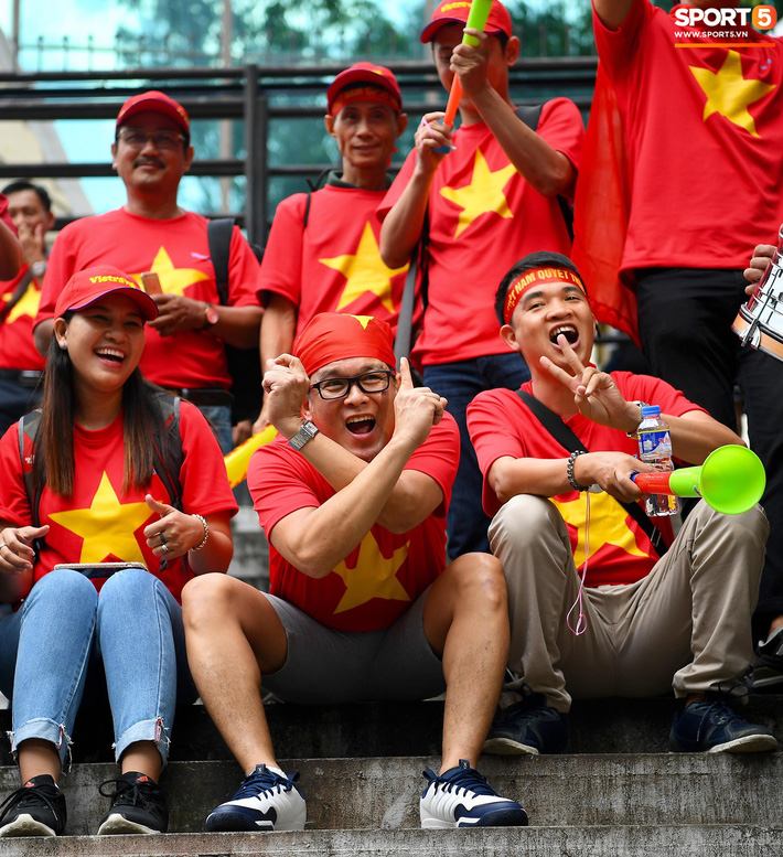 Ban tổ chức AFF Cup sai lầm, nhầm lẫn Việt Nam thành Singapore-7