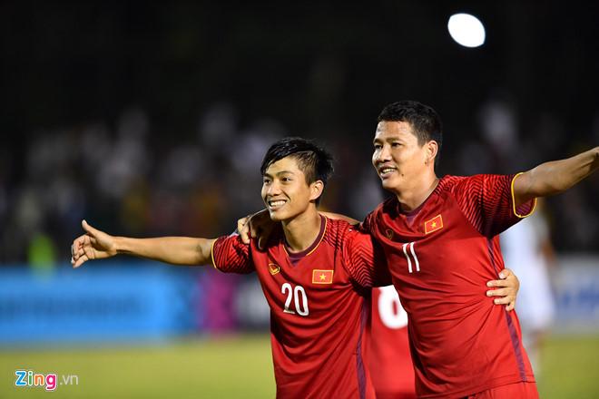 Philippines vs Việt Nam: ĐT Việt Nam giành chiến thắng 2-1 ngay trên sân khách-10