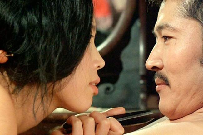 Nữ diễn viên Nhật Bản tha hương suốt 20 năm vì đóng thật cảnh sex-1