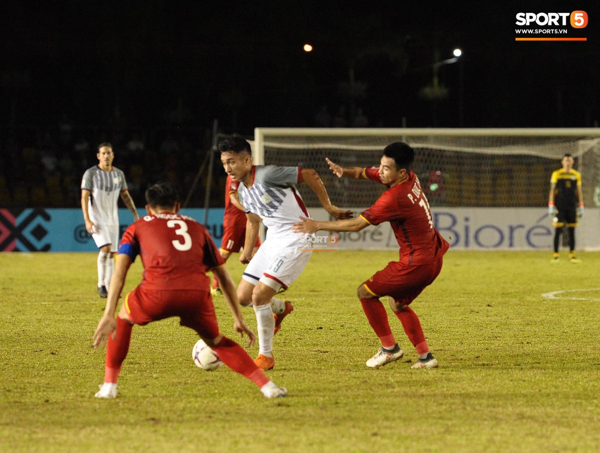 Hoàng tử Ả-rập thể hiện sự cần cù đến khó tin trong trận thắng Philippines-1
