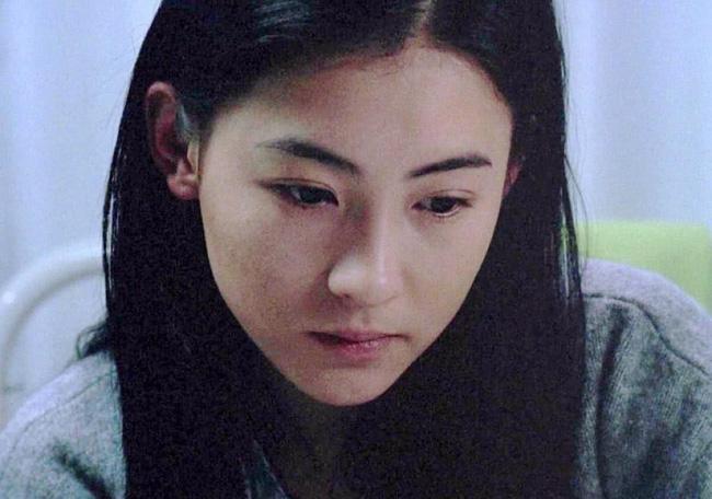 Trương Bá Chi: Nhan sắc diễm lệ bỗng ố màu vì ảnh nóng, gần 10 năm làm bà mẹ đơn thân mạnh mẽ nhất Cbiz-2