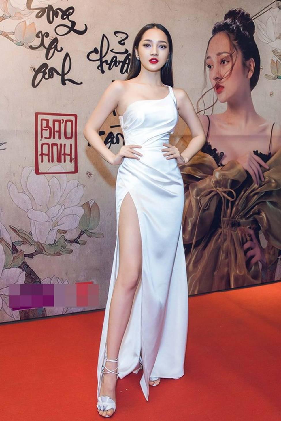 Tuyệt chiêu trở thành mỹ nữ gợi tình, nóng bỏng của đối thủ Hương Tràm-12