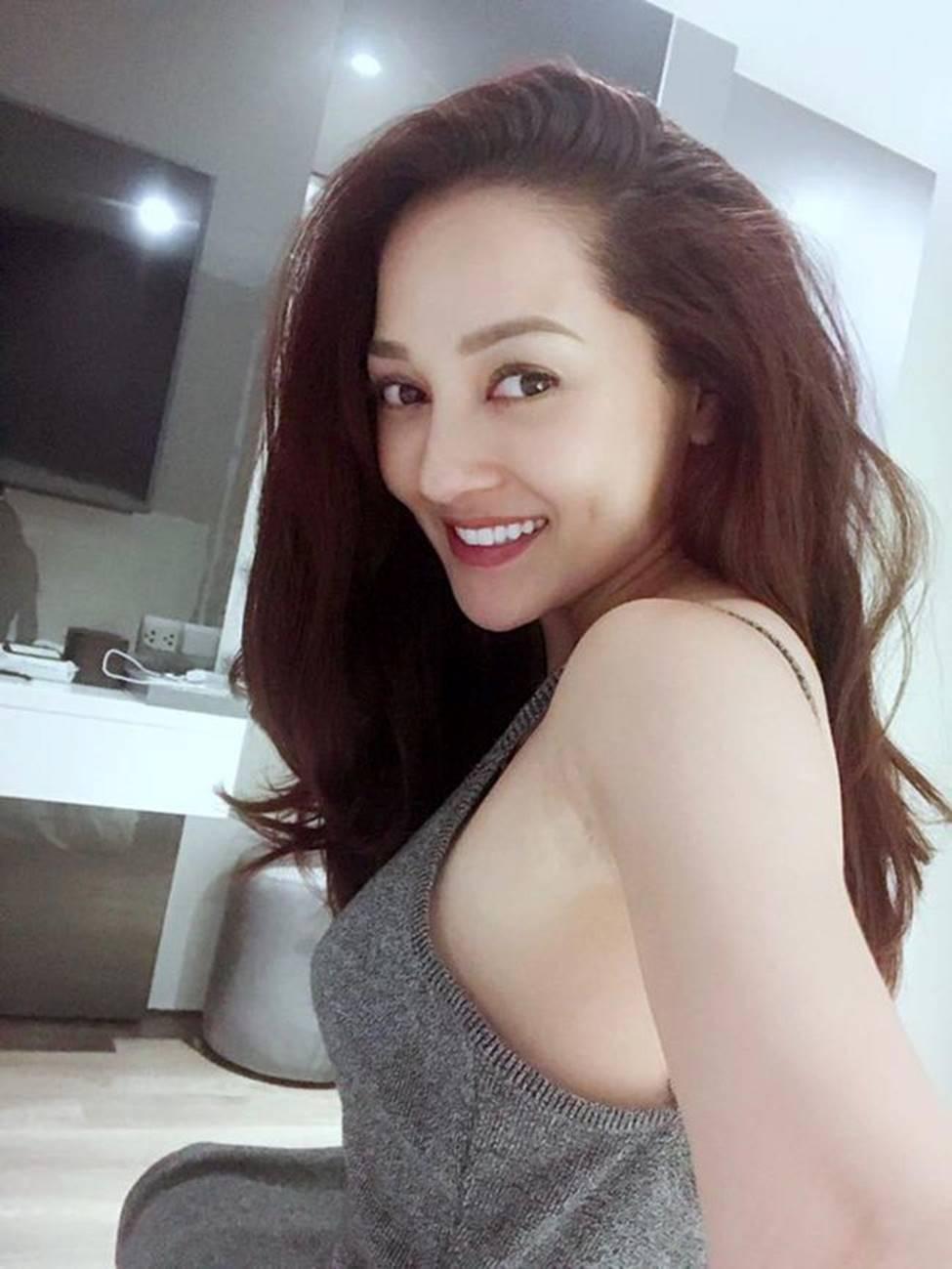 Tuyệt chiêu trở thành mỹ nữ gợi tình, nóng bỏng của đối thủ Hương Tràm-17