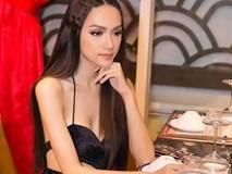 Hoa hậu Hương Giang diện váy cắt xẻ táo bạo nhưng fan lại bức xúc vì một điều khác