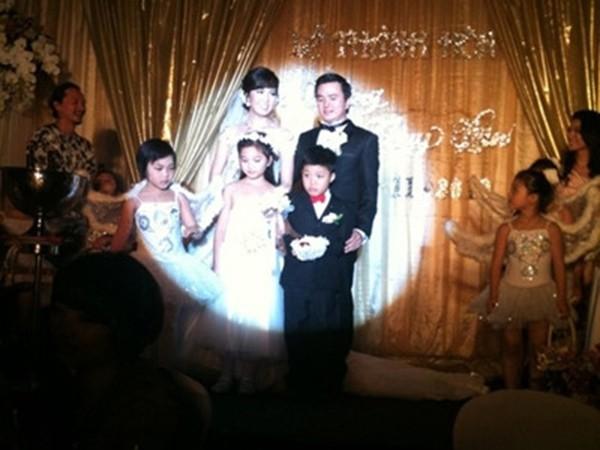 Thông tin hiếm hoi về chồng đại gia, hơn 8 tuổi của Á hậu Thụy Vân-2