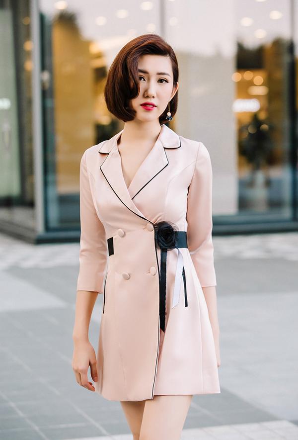 Thúy Ngân khoe thời trang đúng chuẩn hoa hậu-12