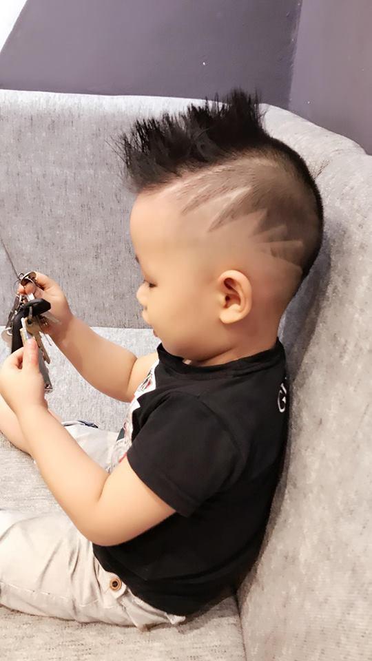 Đã tìm ra cậu bé chất chơi nhất Việt Nam, 4 tuổi đã sở hữu hàng chục kiểu tóc có một không hai-2