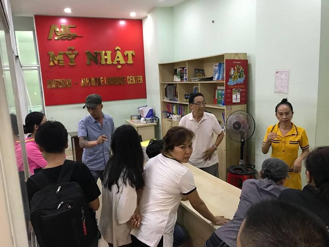 """Trung tâm ngoại ngữ ở Sài Gòn bị tố lừa đảo""""-1"""