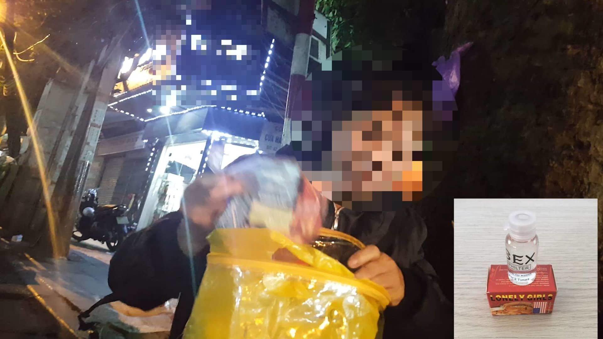 Chợ sung sướng: Lọ thuốc 100 nghìn khiến phụ nữ tự nguyện dâng hiến-1