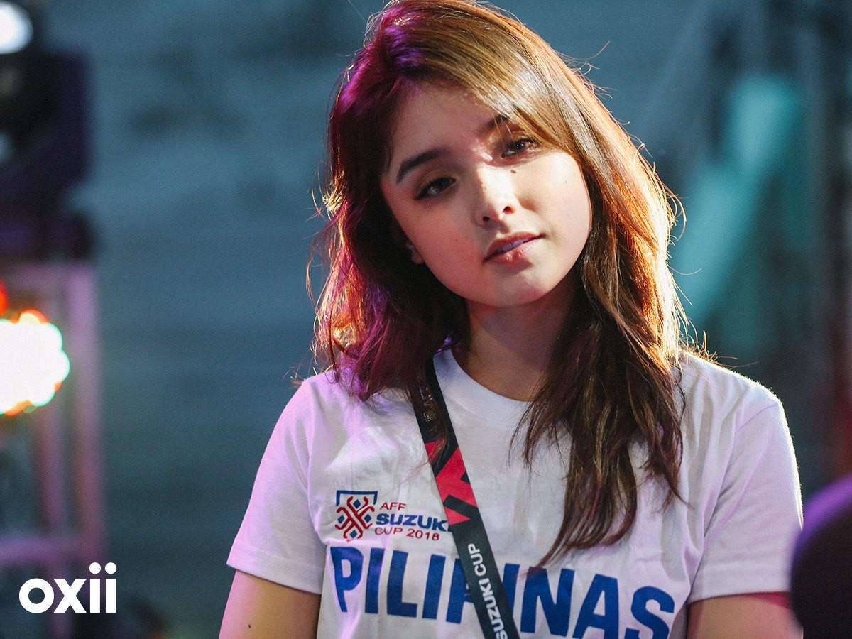 Cổ động viên Philippines xinh đẹp hút hồn tại AFF Cup 2018-1