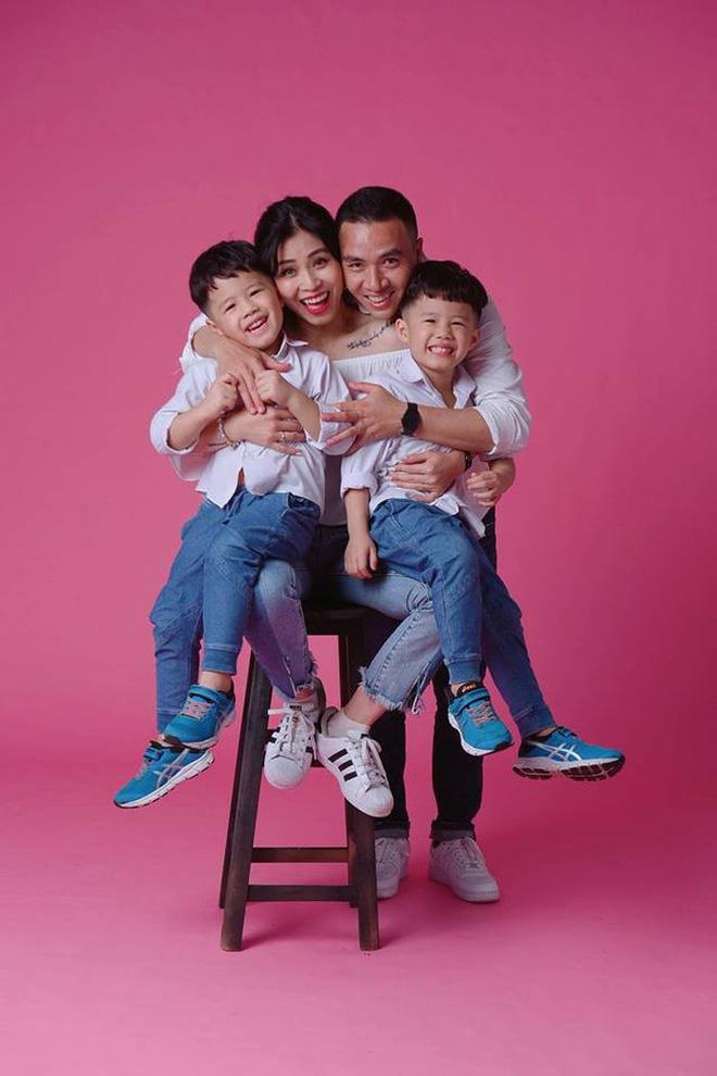 MC Hoàng Linh ở tuổi 34: Tính cách bốc đồng và 2 cuộc hôn nhân ồn ào, kịch tính-4