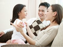 Nói yêu vô điều kiện, nhưng dường như cha mẹ chưa từng thôi mong cầu và đặt gánh nặng báo đáp lên vai con
