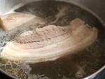 Khi luộc thịt lợn để thơm ngọt, không bị hôi và chín đều lại loại được mọi chất độc cho thêm thứ này vào-3
