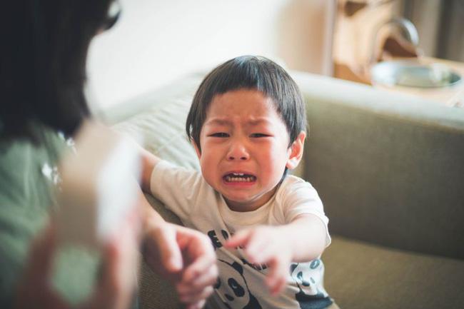 Không cần hình phạt, đây là cách giúp trẻ ngoan hơn mà các mẹ dạy con theo phương pháp Montessori đã áp dụng-5