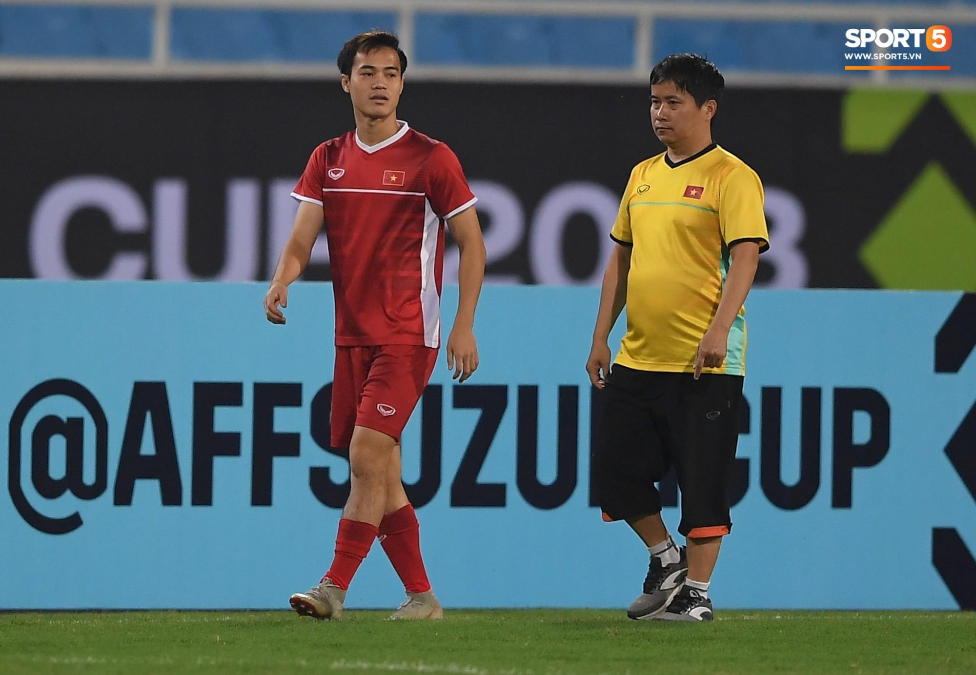 Văn Toàn tươi rói trong ngày trở lại, tuyển Việt Nam đón nhiều tin vui trước trận gặp Philippines-4