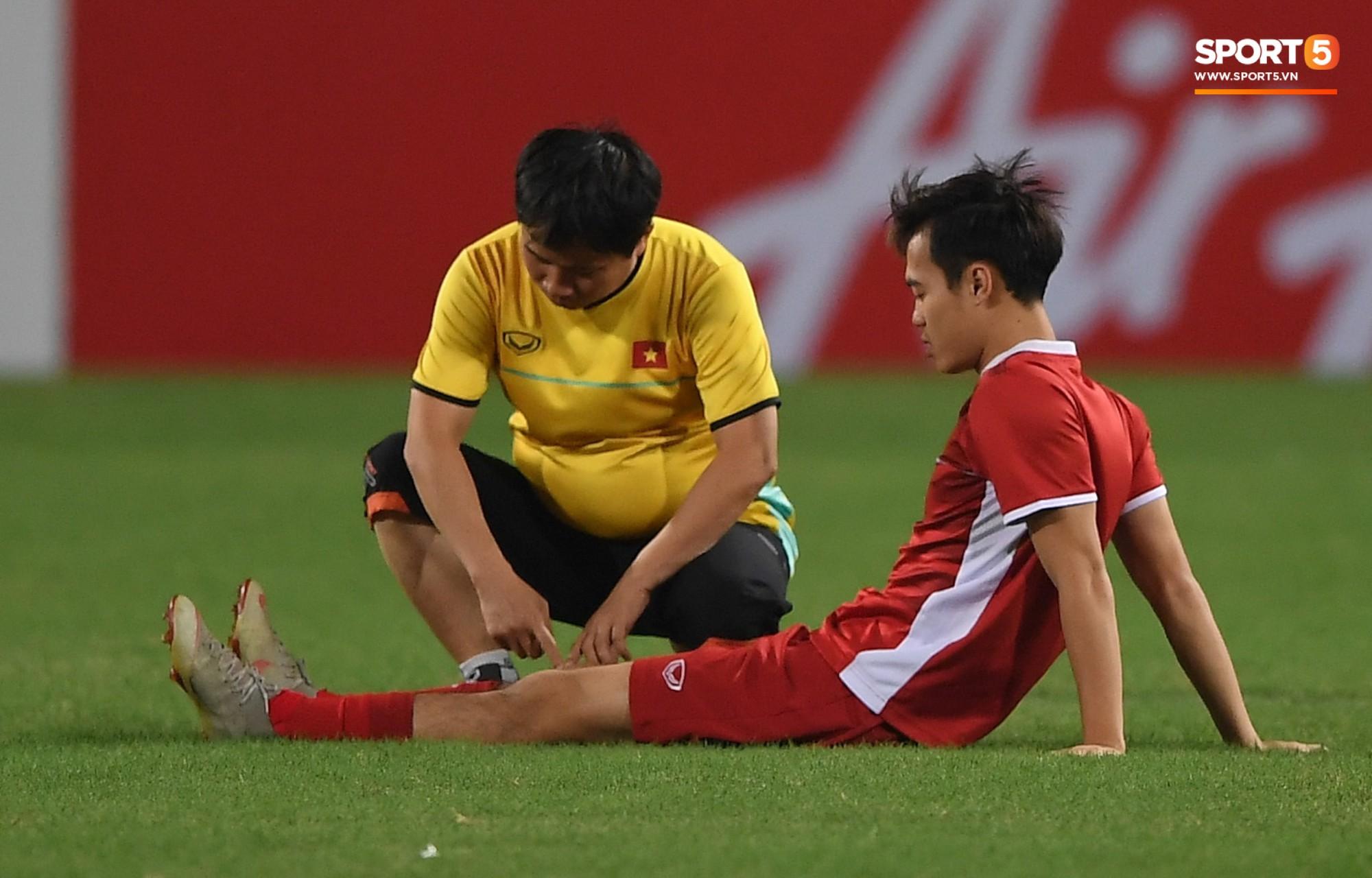 Văn Toàn tươi rói trong ngày trở lại, tuyển Việt Nam đón nhiều tin vui trước trận gặp Philippines-6