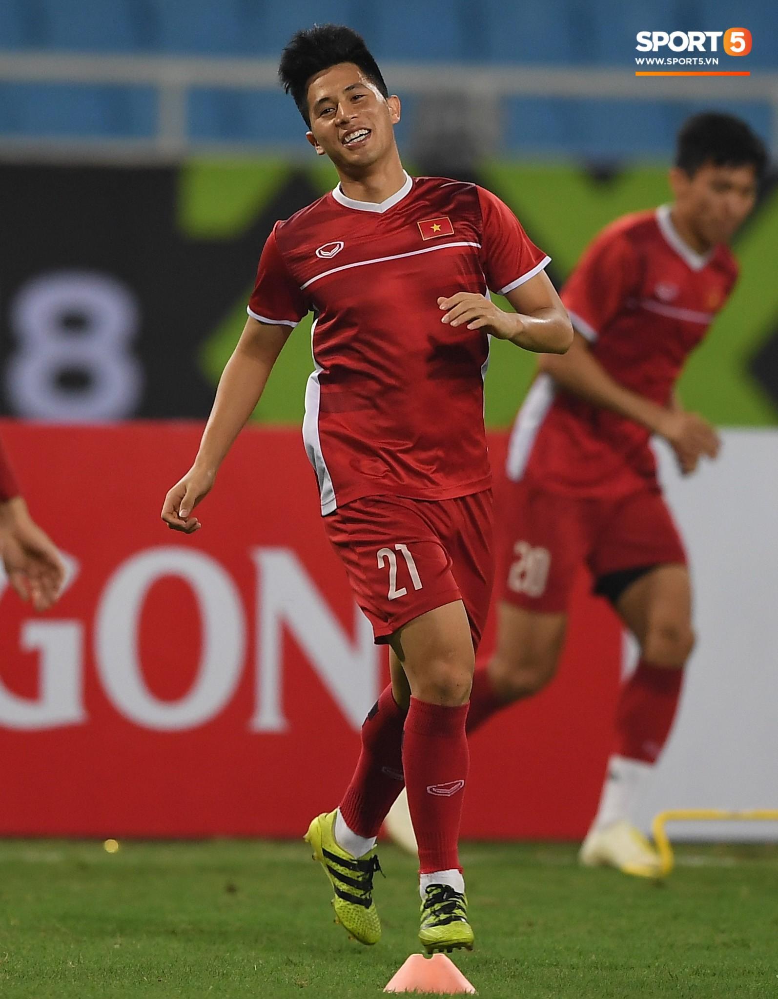 Văn Toàn tươi rói trong ngày trở lại, tuyển Việt Nam đón nhiều tin vui trước trận gặp Philippines-8