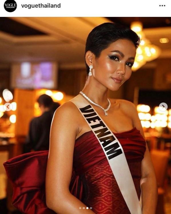 HHen Niê lại làm khuynh đảo Vogue Thái với nhan sắc không đụng hàng-4
