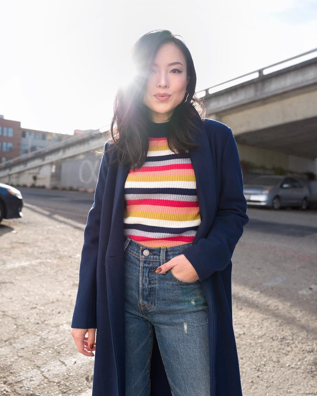 Diện mãi áo len trơn cũng chán, đổi sang áo len họa tiết mặc vừa đẹp lại chẳng lo lỗi mốt-5