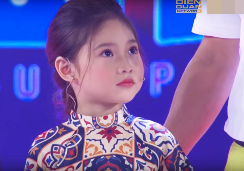 Không chỉ con gái xinh xuất sắc, vợ tươi như hoa của danh thủ Hồng Sơn cũng gây chú ý-3