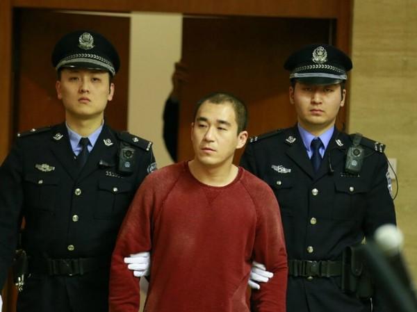 """Có ông bố quốc dân"""", được trải thảm hoa vào đời nhưng con trai Trương Quốc Lập vẫn tự hủy đời mình bằng ma túy và thói vũ phu-4"""