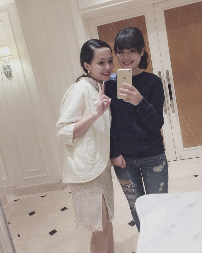 Ái nữ cựu chủ tịch CLB Sài Gòn: Cô chị là vợ tiền đạo Văn Quyết, cô em xí luôn Duy Mạnh gắt-10