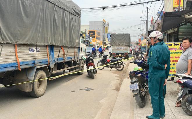 Bé gái 12 tuổi lái xe máy bị xe tải cán chết trên đường đi học về nhà-1