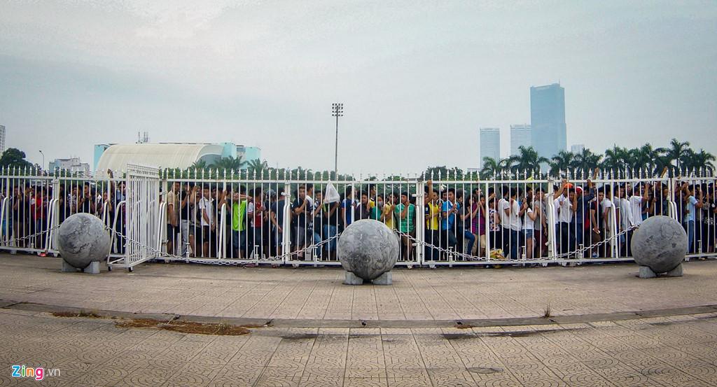 'Thầy phong thủy của tuyển Việt Nam' tiết lộ bí mật về 40 quả cầu đá-2