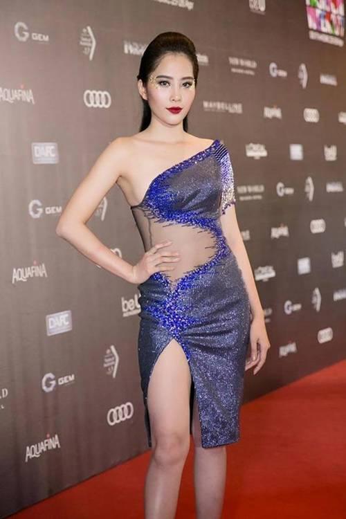 Éo le chuyện sao Việt: Người sắc vóc lên hương, người bị dìm tơi tả... chỉ vì một kiểu váy-10