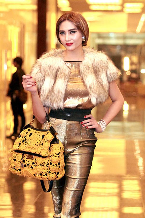 Éo le chuyện sao Việt: Người sắc vóc lên hương, người bị dìm tơi tả... chỉ vì một kiểu váy-15