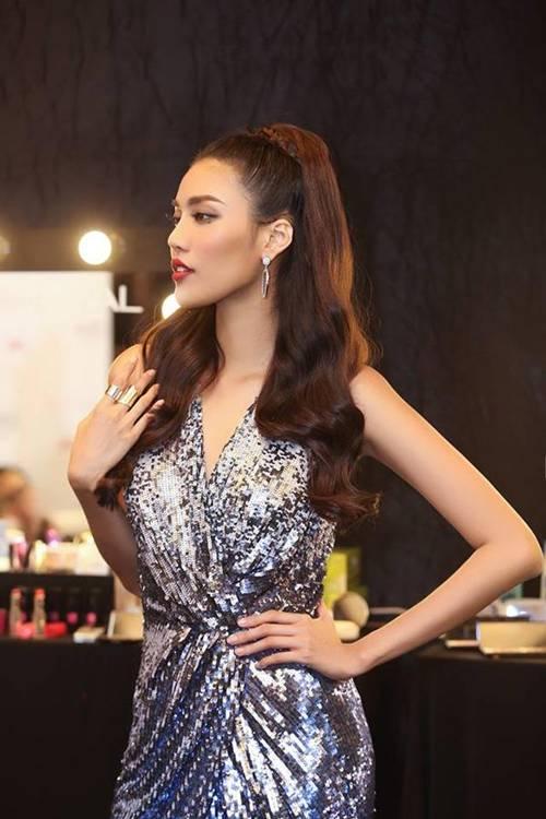 Éo le chuyện sao Việt: Người sắc vóc lên hương, người bị dìm tơi tả... chỉ vì một kiểu váy-7