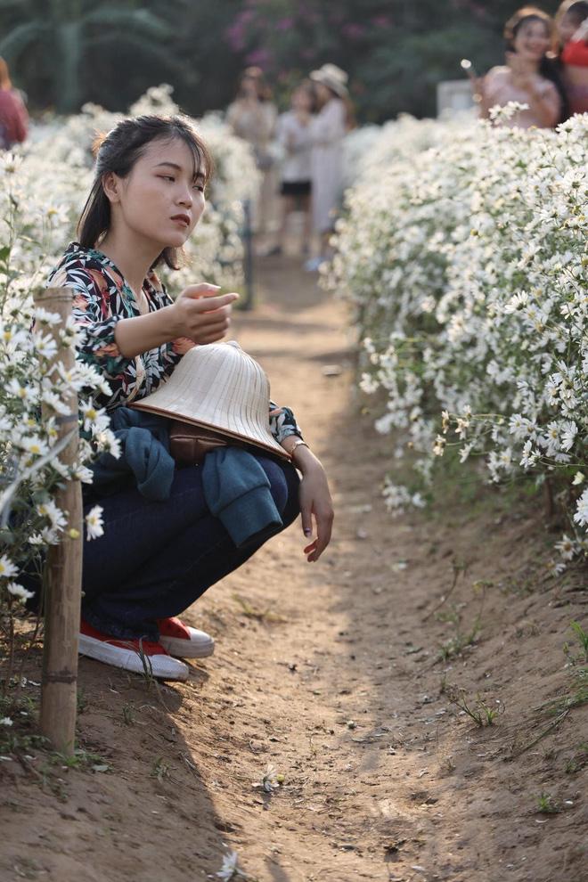 Từ Đà Nẵng ra Hà Nội chụp cúc họa mi, cô gái bàng hoàng khi nhận sản phẩm từ nhiếp ảnh và sự thật khiến tất cả ngã ngửa-4