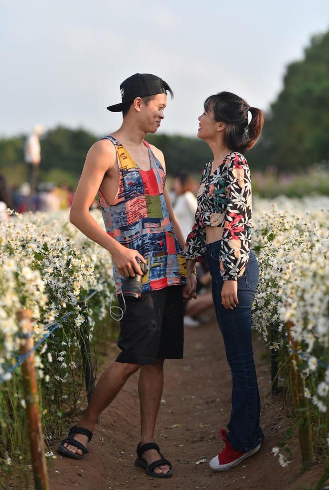 Từ Đà Nẵng ra Hà Nội chụp cúc họa mi, cô gái bàng hoàng khi nhận sản phẩm từ nhiếp ảnh và sự thật khiến tất cả ngã ngửa-10