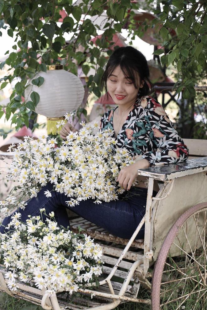 Từ Đà Nẵng ra Hà Nội chụp cúc họa mi, cô gái bàng hoàng khi nhận sản phẩm từ nhiếp ảnh và sự thật khiến tất cả ngã ngửa-15