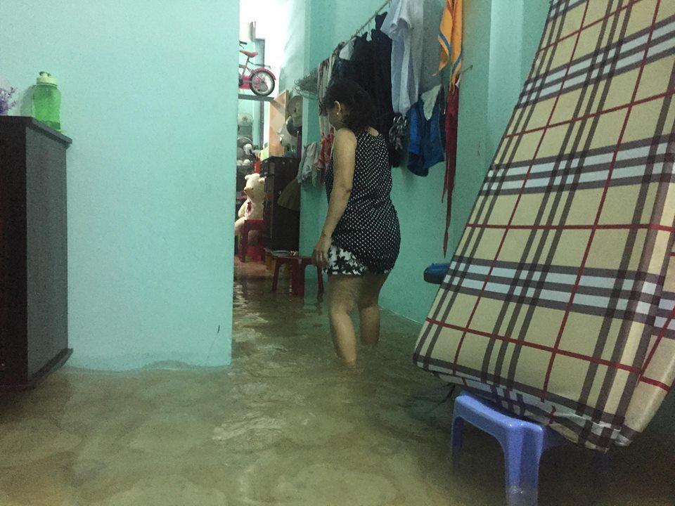 Đà Nẵng mưa cực to, ngập chưa từng có-1