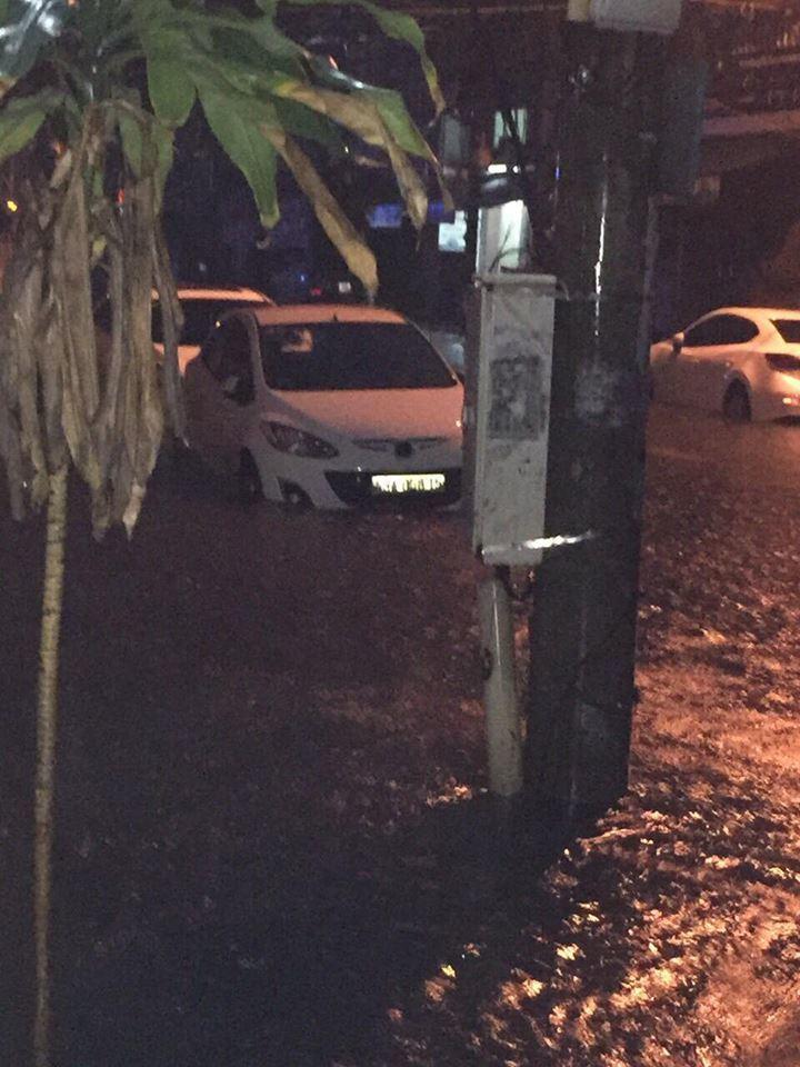 Đà Nẵng mưa cực to, ngập chưa từng có-3