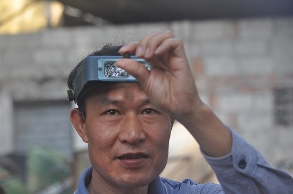 Duy nhất Việt Nam: Chợ tạm ven đường bán đá quý tiền tỷ-9