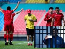 CĐV Malaysia ghi hình lén buổi tập của tuyển Việt Nam