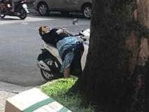 Dáng ngủ khó hiểu và chiếc giường bất đắc dĩ của nữ ninja giữa phố