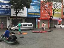 Hình ảnh chưa từng có ở Đà Nẵng: Xuồng