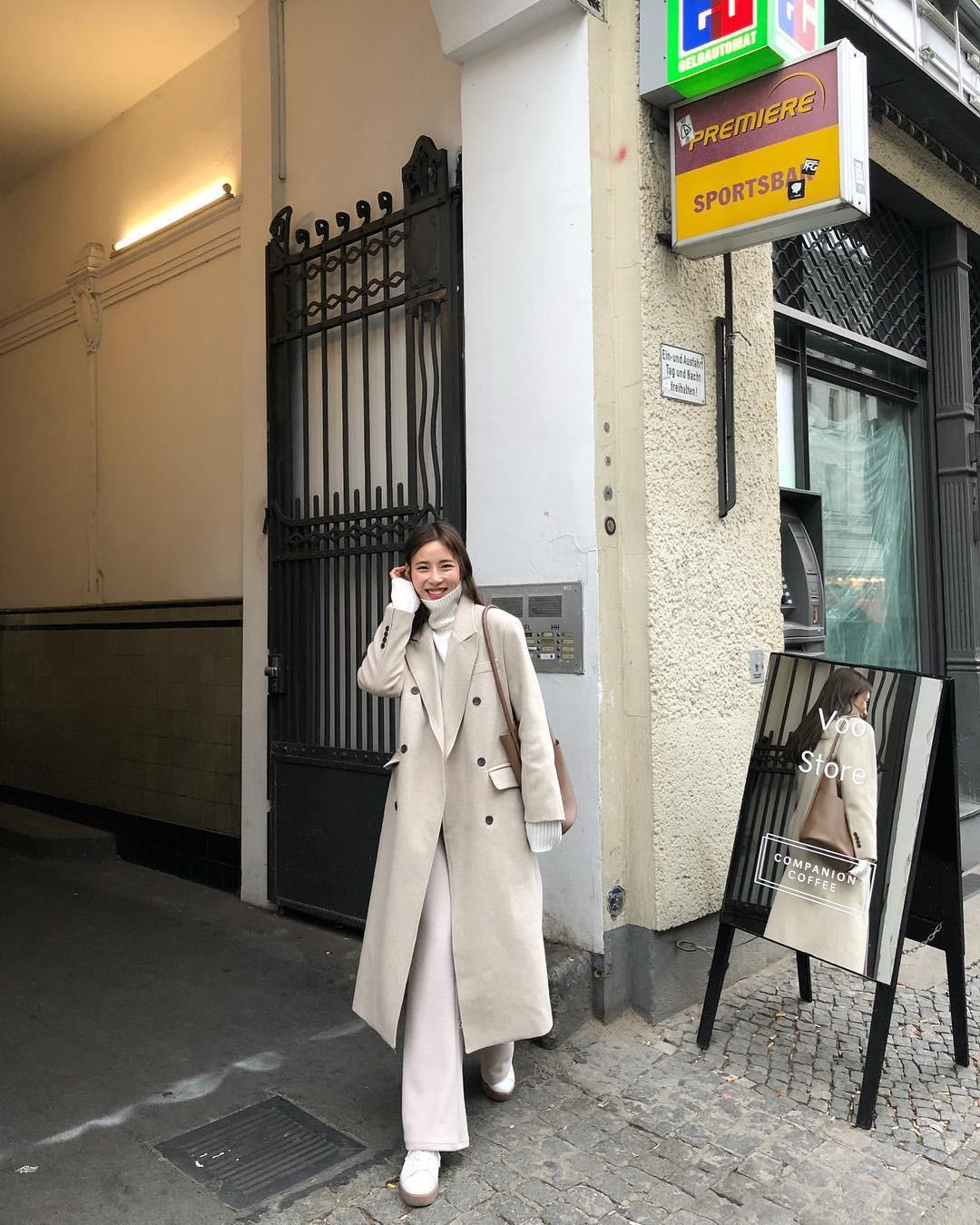 """Áo len cổ lọ + áo khoác dạ: Combo xưa như trái đất"""" đang được các quý cô sành mốt ưu ái hết mực-11"""